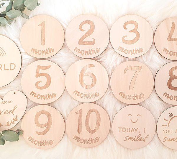 Wooden milestone cards months